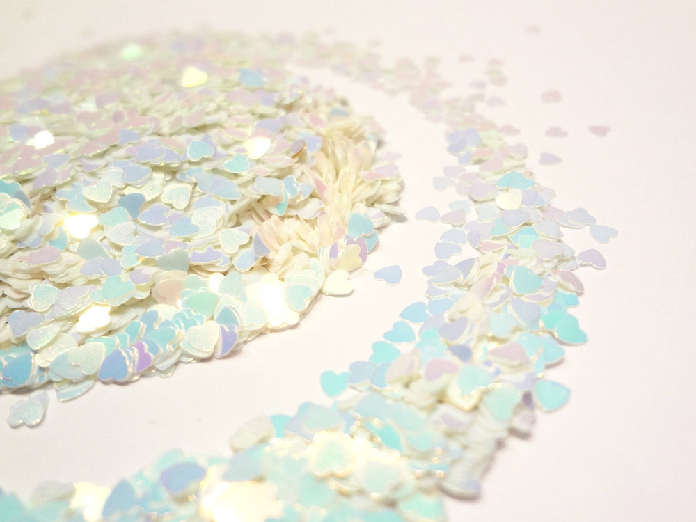 Iridescent White-Blue Heart Glitter, 2.5mm