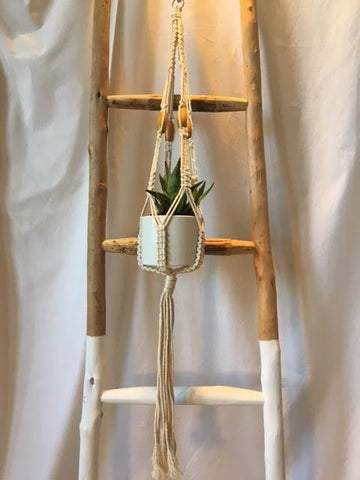 Macrame Plant Pot Holder with bead detail