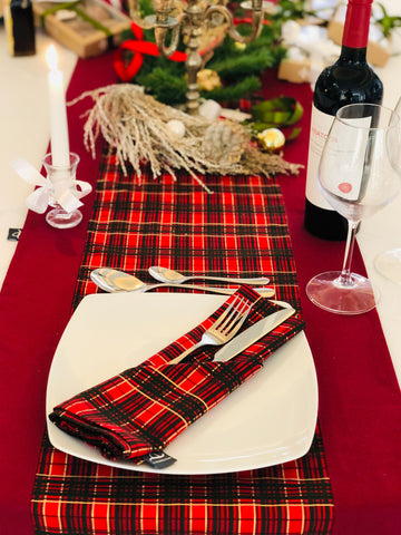 Innes - Set Decorative Tablecloth Runner & Hand Towels