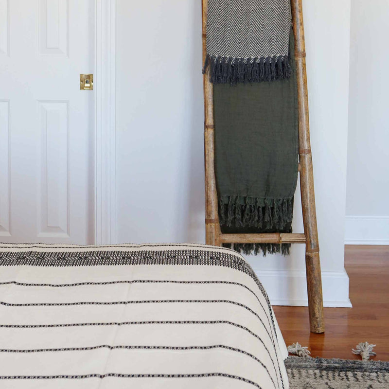 Linen Tassel Throw | Dark Green
