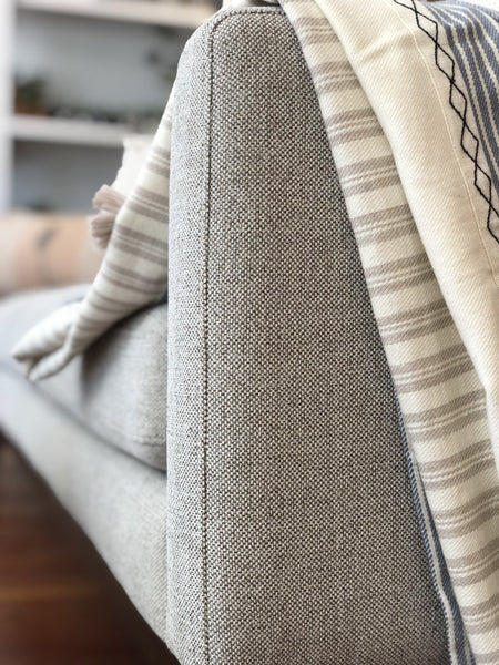Modern Tufted Sofa | REXI