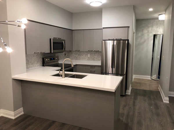 Square Condo Kitchen - Altima Homes Inc.
