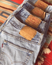 Load image into Gallery viewer, Levis distressed denim cutoff shorts
