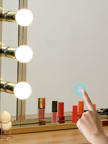 Modern New Nordic Luxury Hollywood LED Makeup Mirror with Lights
