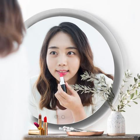 Round make up mirror