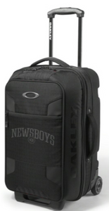 Newsboys stealth carry on roller by Oakley