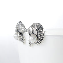 Load image into Gallery viewer, Coin fish design ear stud with natural freshwater pearl set in 925 sterling silver - SUVARNASILVERCO.,LTD