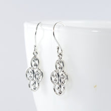 Load image into Gallery viewer, Patra Design 925 Sterling Plain Silver Earring