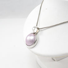 Load image into Gallery viewer, 925 sterling silver pendant with natural mabe pink mabe pearl