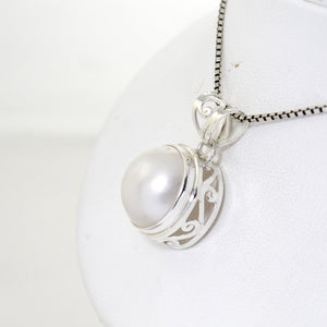 Round Pendant with Bezel dyed mabe pearl cultured set in 925 Sterling silver pendant - SUVARNASILVERCO.,LTD