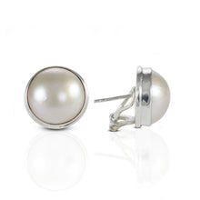 画像をギャラリービューアに読み込む, Dyed Mabe Cultured Ear Clip 925 Sterling Silver with 13 mm Round Mabe Pearl - SUVARNASILVERCO.,LTD