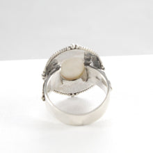 Load image into Gallery viewer, Filigree Bali design with natural mabe cultured pearl ring set in 925 sterling silver - SUVARNASILVERCO.,LTD