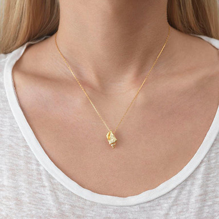 ANNI LU Halskjede |  FLOATING SHELL NECKLACE