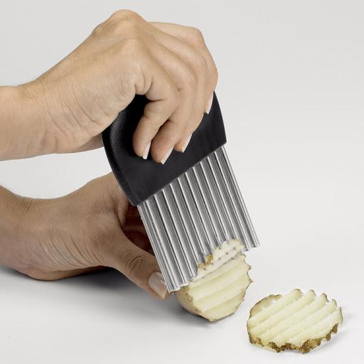 OXO Crinkle Cutter