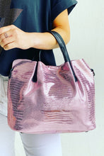 Load image into Gallery viewer, Metallic Snake Handbag Pink