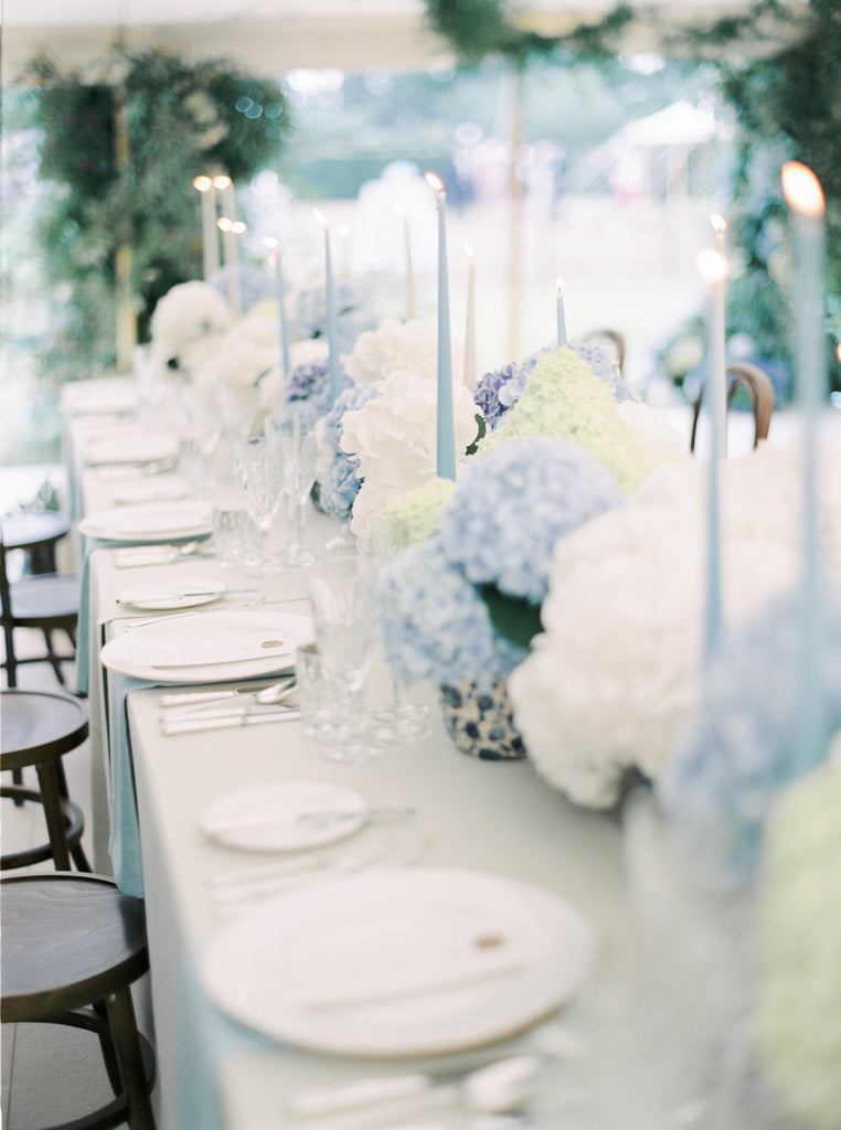 all for love table flowers hydrangea wedding