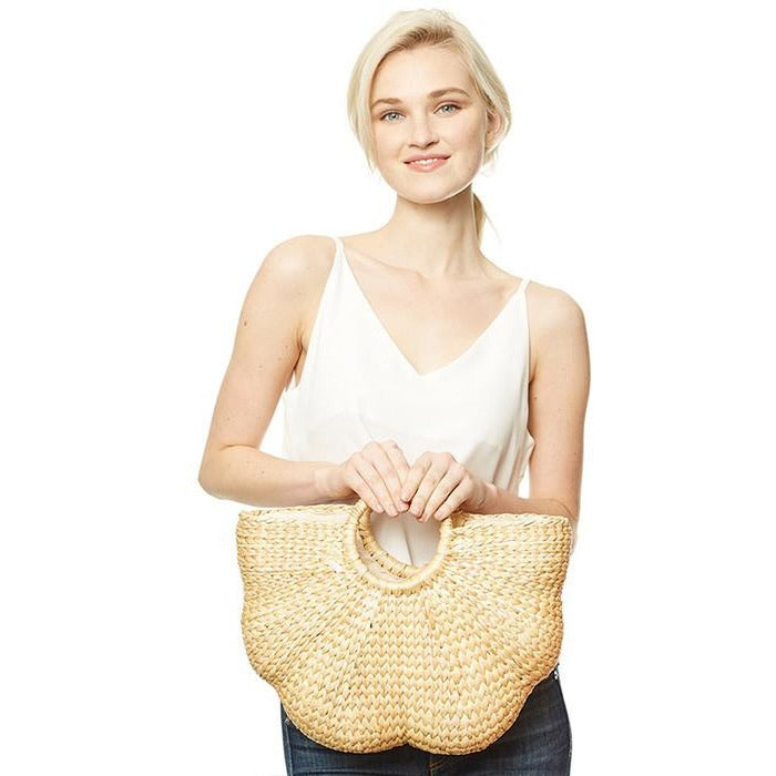Scalloped Straw Bag