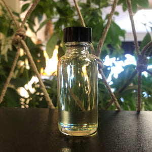 White Sage Herbal Oil (Wisdom, Luck, Cleansing, Redemption, Blessing) Comes in 2 Sizes.