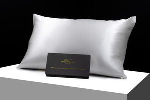 Pair of silk pillowcases 100% Mulberry Silk standard size.