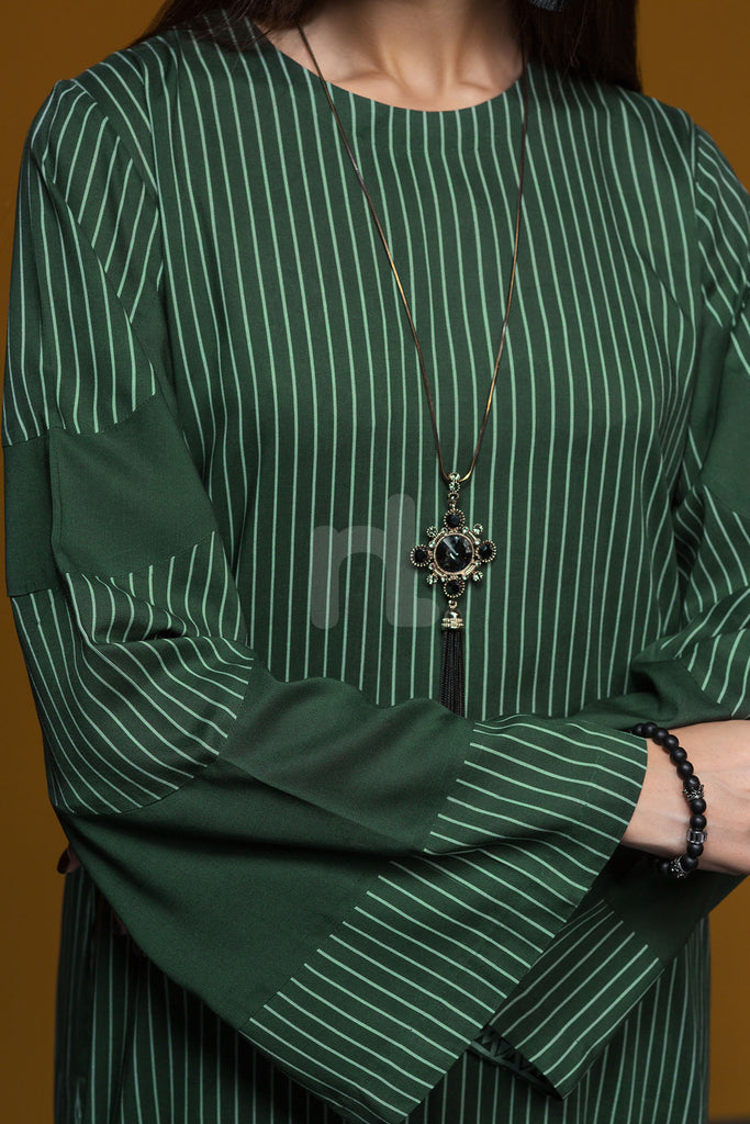 41901205- Green Printed Linen Shirt Fabric Per (PKR 445/-) Meter-1PC