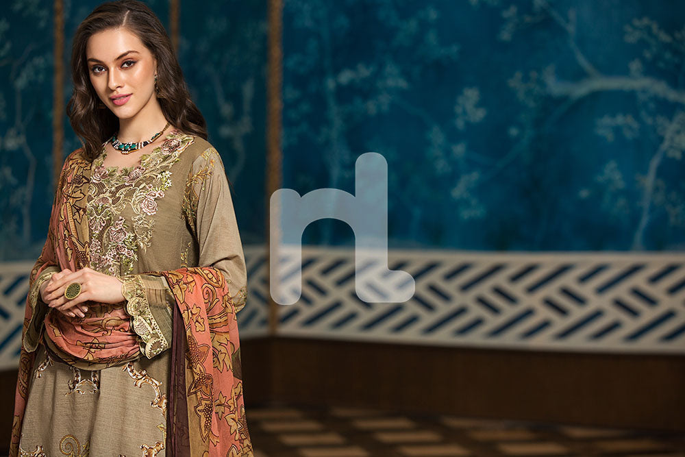 41907286-Crinkle Chiffon, Slub Lawn & Cambric - Brown Digital Printed Embroidered 3PC