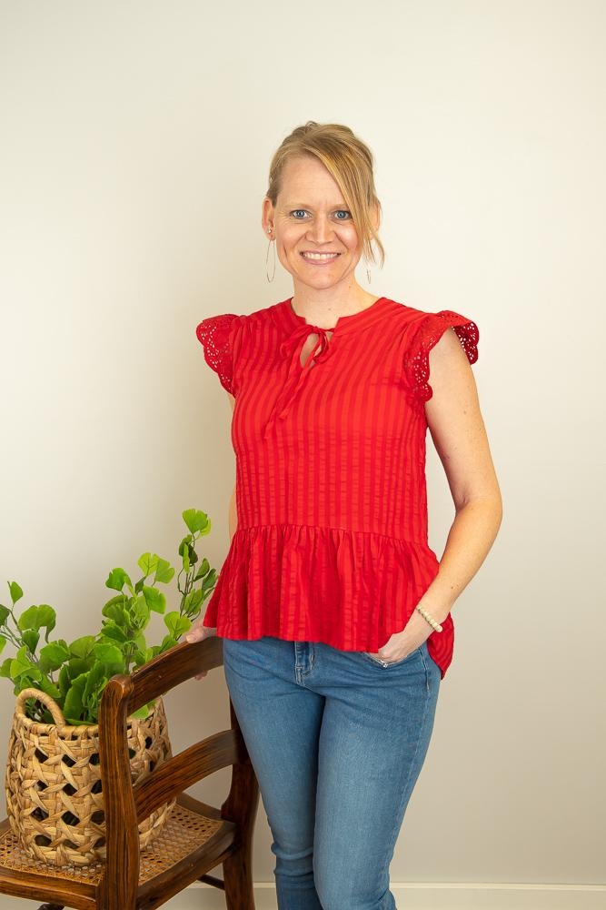 The Lelah Eyelet Sleeve Top in Geranium - juniper & mae