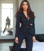 Cross over cut out crepe suit