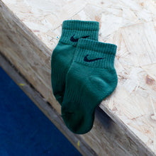 Load image into Gallery viewer, Nike Low Socks Army