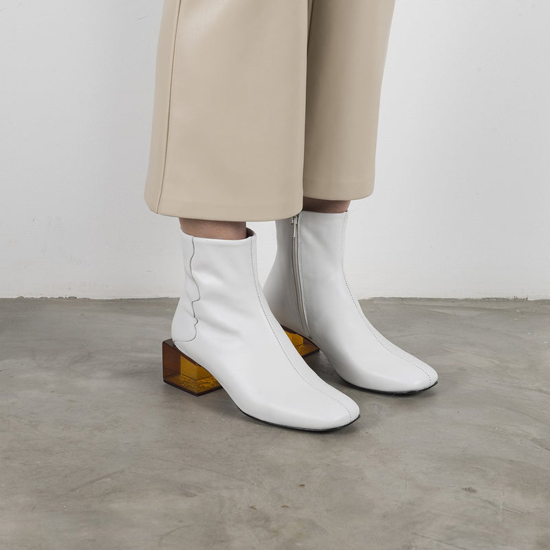 STATUETTE - White Leather Mid Heel Boots