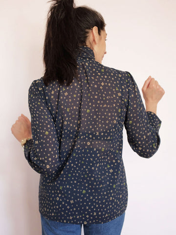 doucette | mel blouse blue georgette print