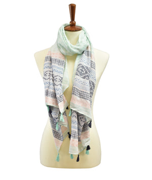 TRIBAL PATTERN TASSEL SCARF
