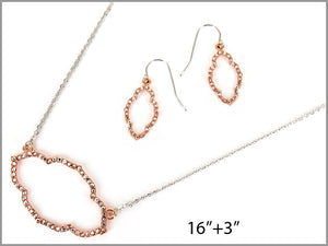 OVAL PAVE QUATREFOIL NECKLACE