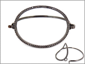 PAVE STONE OVAL PUSH BANGLE BRACELET