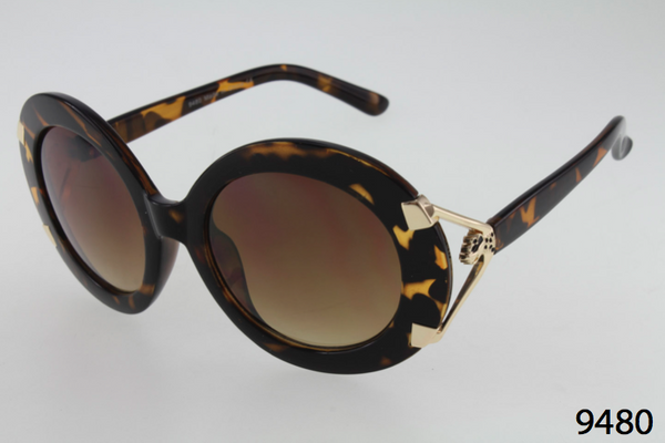 Oversized Round Sunglasses with Gold Hinge