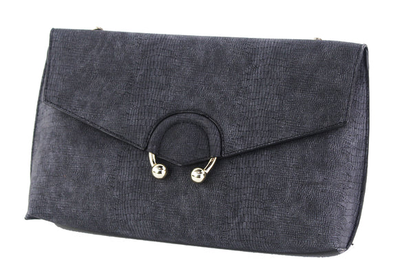 EMBOSSED SNAKE CLUTCH WITH RING