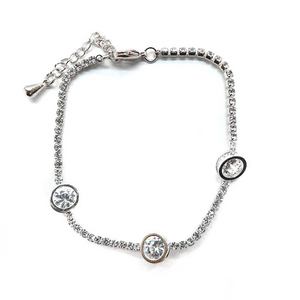 Diamond Bracelet with Solitaires