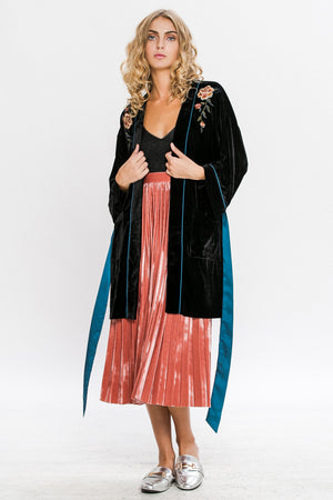 EMBROIDERED VELVET ROBE JACKET