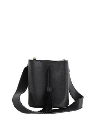 STRUCTURED BUCKET BAG WITH TASSEL