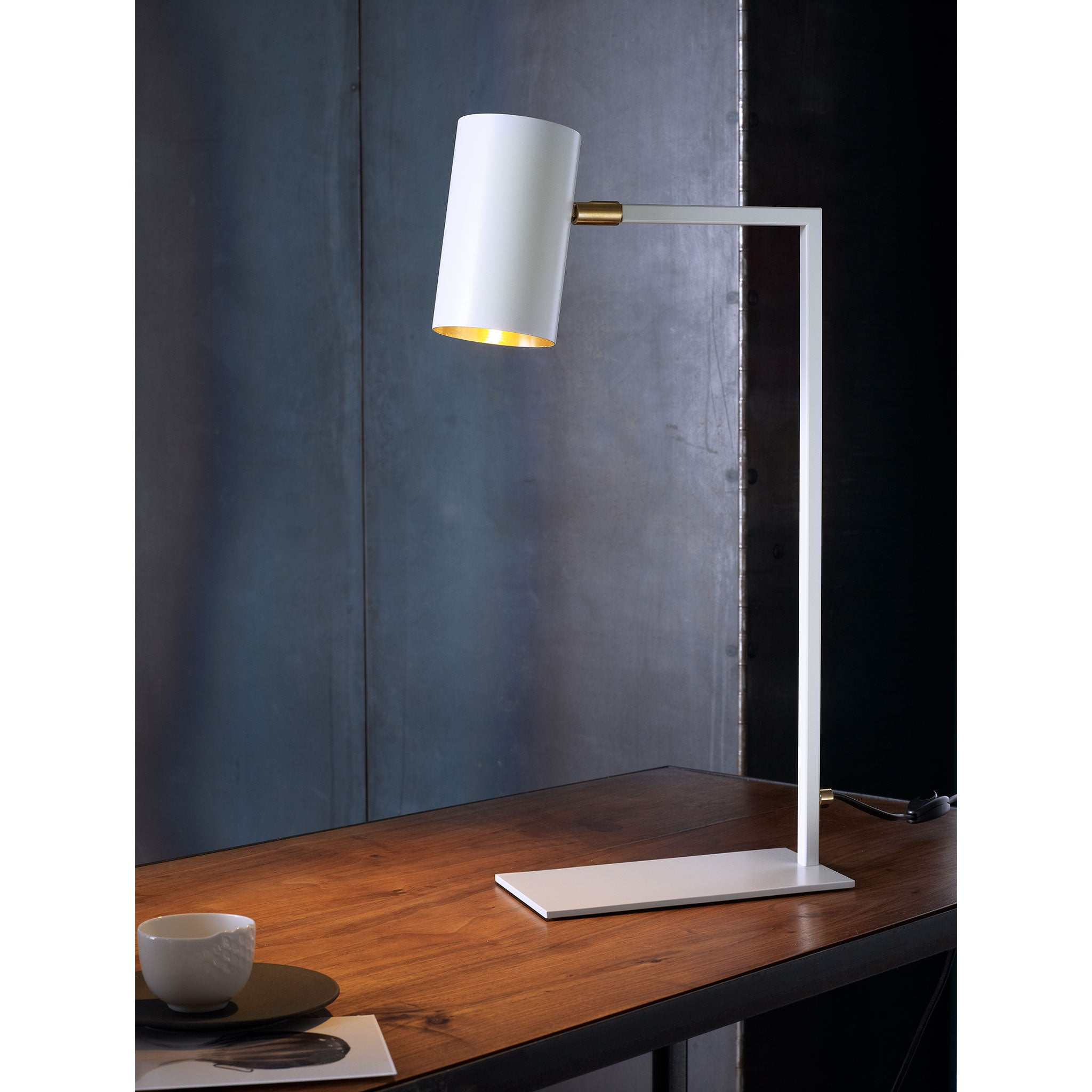 El Schmid table lamp | Kyoto