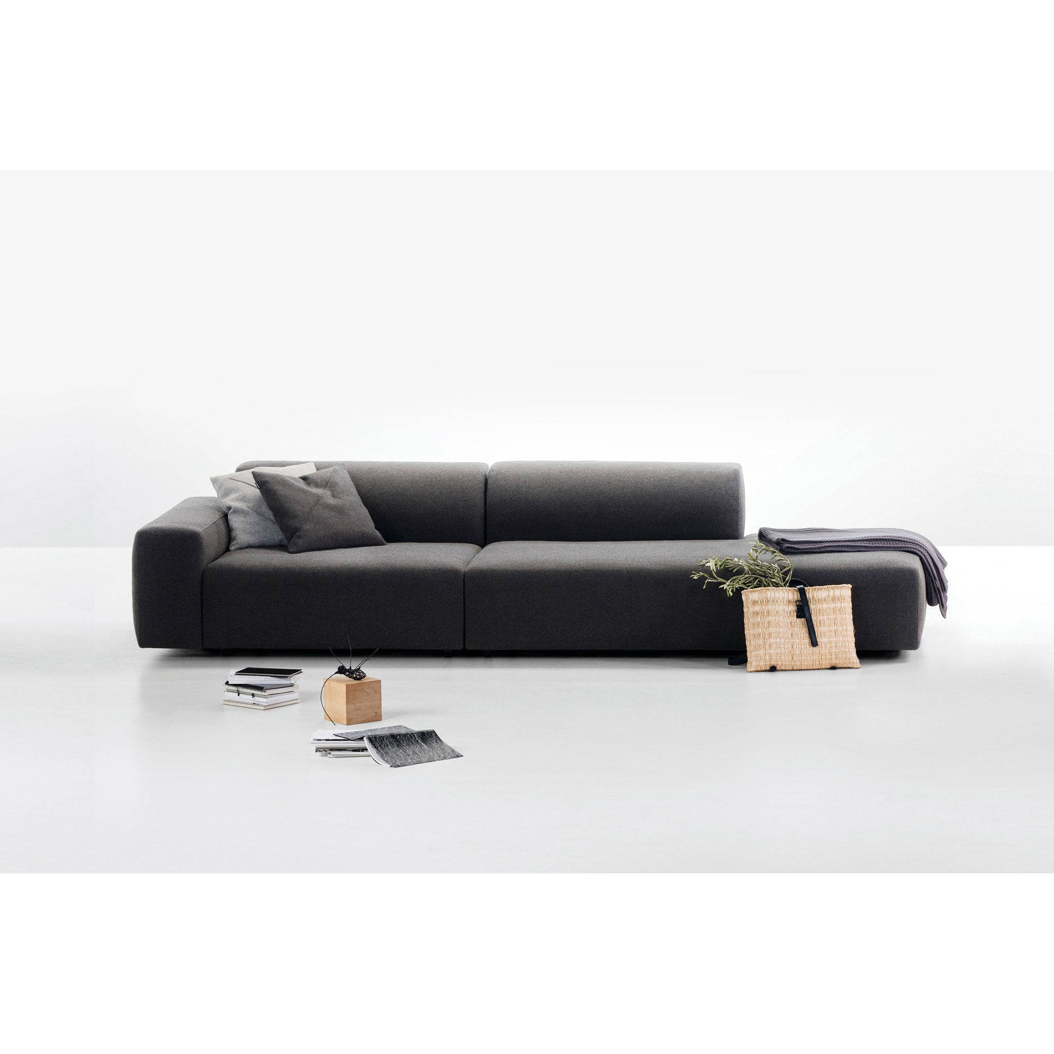 Prostoria Sofa | Cloud
