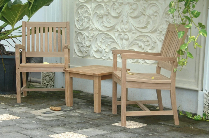 5 Ideas for Small Space Outdoor Furniture for Patios & Balconies