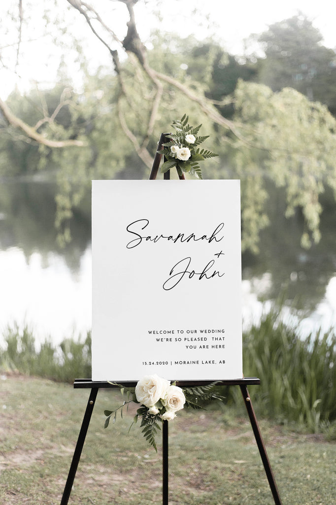 Savannah - Contemporary and Minimalist Wedding Sign