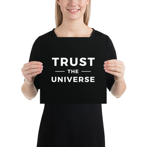 Poster - Quotes - Trust the universe, black