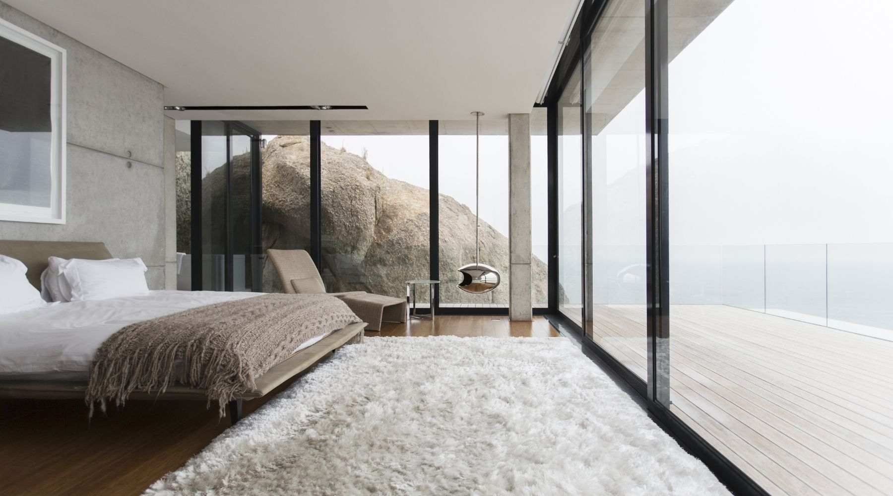 Helpful Tips for Cleaning and Caring for a Shag Rug
