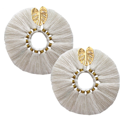 Beige Wild Flower Earrings - JETLAGMODE