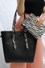 Load image into Gallery viewer, Astrid Large Shopper Handbag worn view