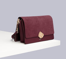 Load image into Gallery viewer, Freya Berry Shoulder Bag Side View