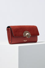 Load image into Gallery viewer, Melissa Rust Wooden Eclipse Lock Purse