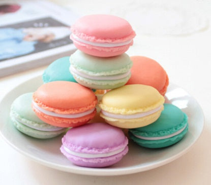 Macaron Wax Container