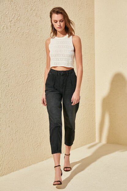 Women's Pleated High Waist Black Mom Jeans